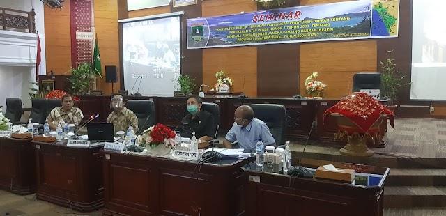 Dewan Perwakilan Rakyat Provinsi Sumatera Barat Menggelar Seminar