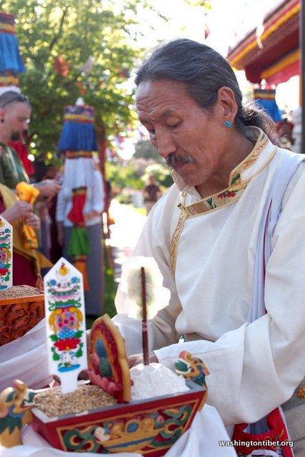 HH Sakya Trizins Mahakala Initiation at Sakya Monastery - 28-cc%2BP5070113%2BA%2B72.JPG