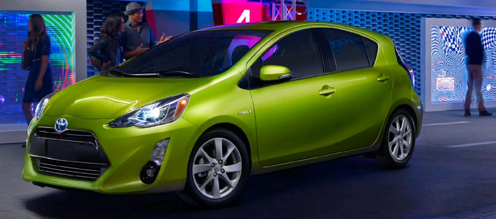 Toyota Burnaby - Toyota Prius C lime green - Vancouver Toyota Dealer