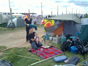 Photo: german family on camp with anti-nuclear flag