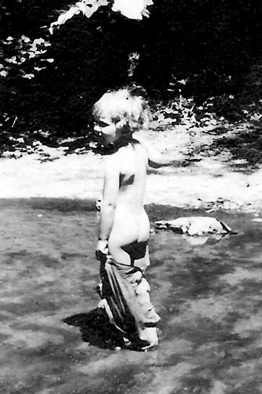 Martha Caldwell showing her bum.