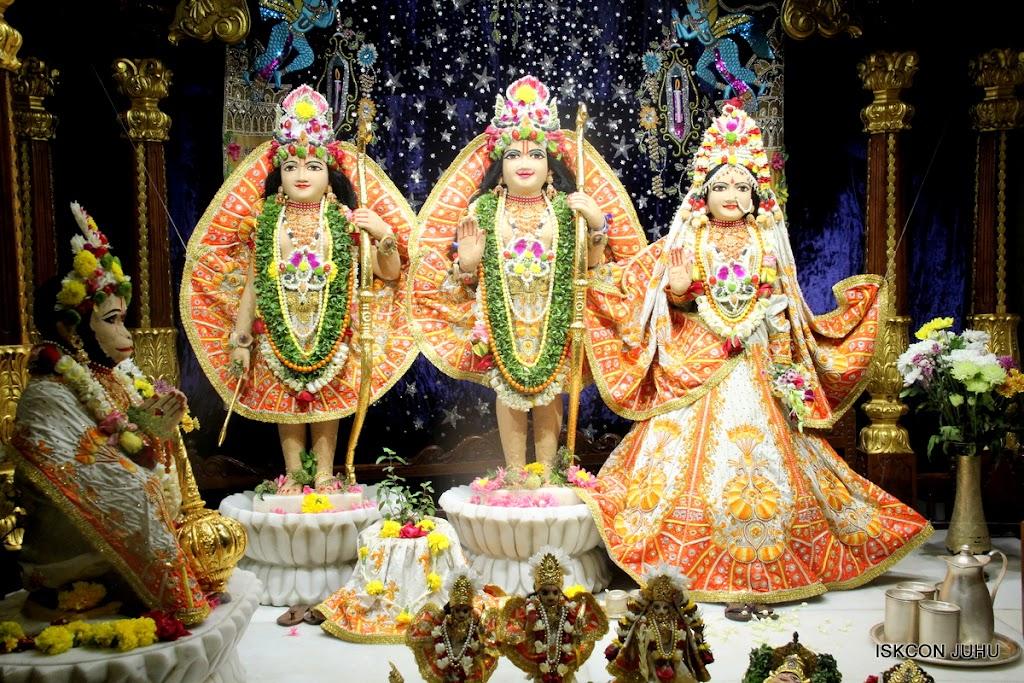 ISKCON Juhu Chandan yatara Deity Darshan on 9th May 2016 (20)