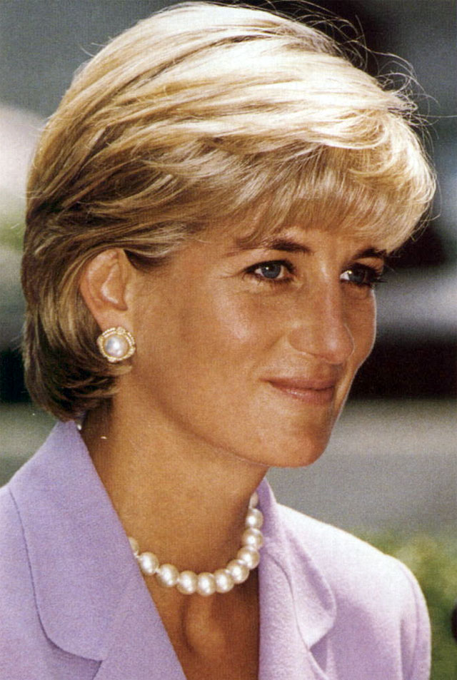 princess diana death photos real. princess diana death photos