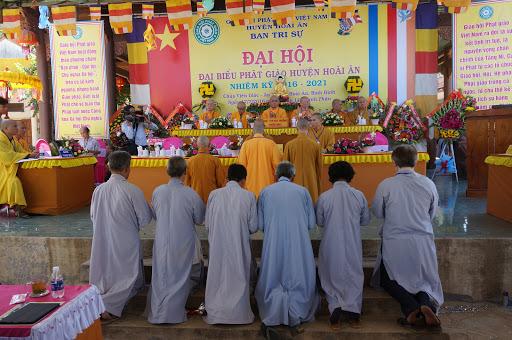 Đại hội Đại biểu Phật giáo huyện Hoài Ân nhiệm kỳ 2016 - 2021.