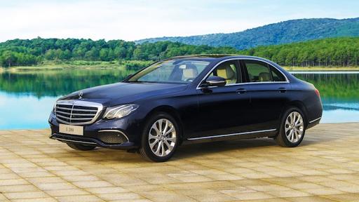 Bạn cần thuê xe Mercedes E200 tại TPHCM ?