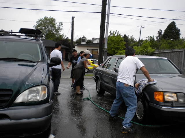 Tibetan Sunday School: Car Wash Fundraiser - Car%2BWash%2B-%2BJune%2B2010%2B006.jpg