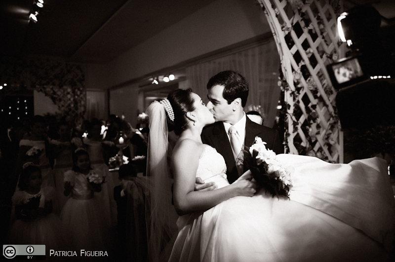 Foto de casamento 1350pb de Nathalia e Fernando. Marcações: 04/12/2010, Casamento Nathalia e Fernando, Niteroi.