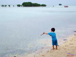 family trip pulau pari 140716 Fuji 047