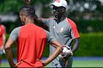 """Mbaye Leye wacht geduldig op kans als T1: """"Dat je eerst ervaring zou moeten opdoen als coach, enerveert me"""""""