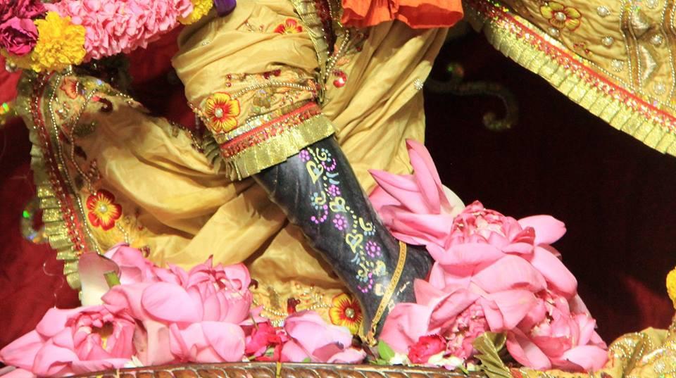 ISKCON Delhi Deity Darshan 29 May 2016 (13)