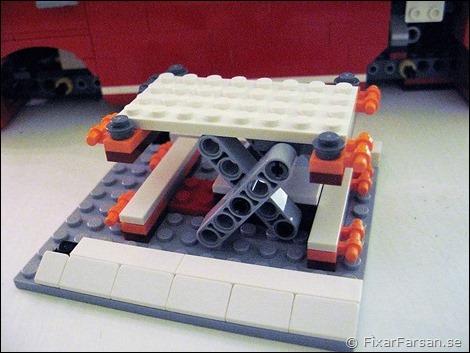Tak-Lego-VW-T1-Camper-Van-10220
