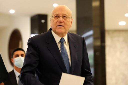 لبنان يحصل على رئيس وزراء جديد وسط الانهيار الاقتصادي