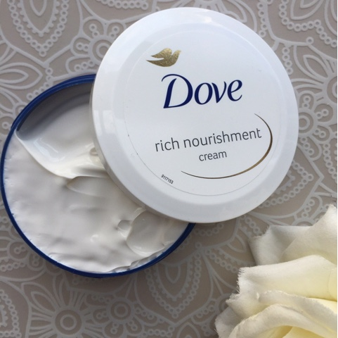 Dove Rich Nourishment Body Cream