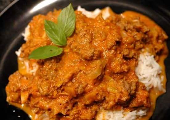 MINCED BEEF CURRY (THAI - STYLE)