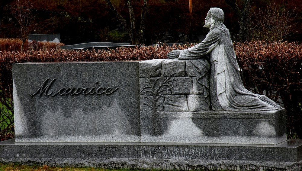 hope-cemetery-barre-13