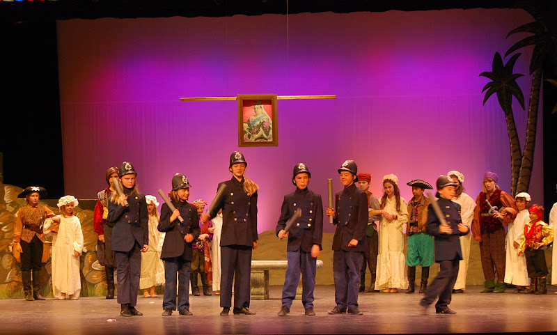 2012PiratesofPenzance - DSC_5983.JPG