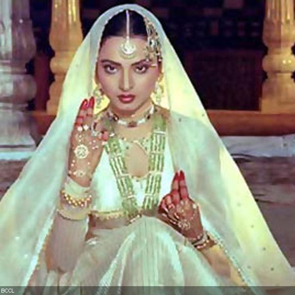 Umrao Jaan showed Rekha at her sensual best. She portrayed the charachter of a sex worker with elan and her performance in the movie is one of the best till date. Perhaps, Rekha is the model 'kotha' woman of mainstream Hindi movies.
