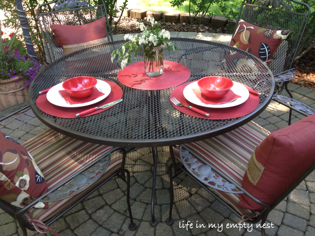 Painted iron patio furniture - Painting Wrought Iron Patio Furniture Icamblog