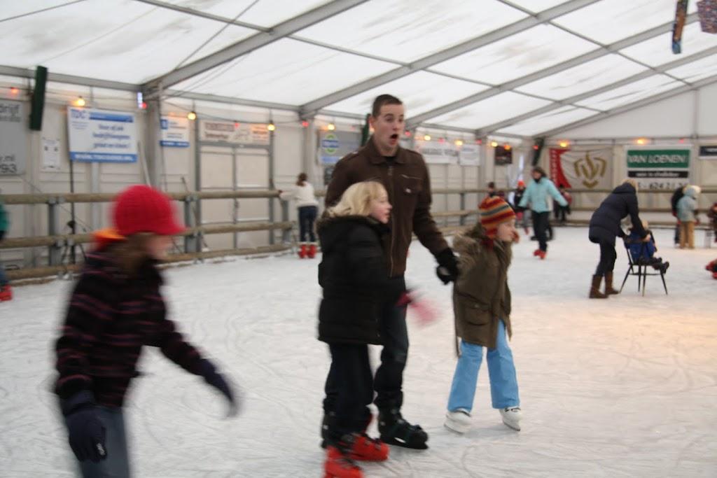 Sinterklaas bij de schaatsbaan - IMG_0364.JPG