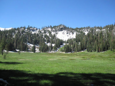 And the meadow is paradisiacal ©http://backpackthesierra.com