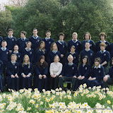 2004_class photo_Bobola_5th_year.jpg