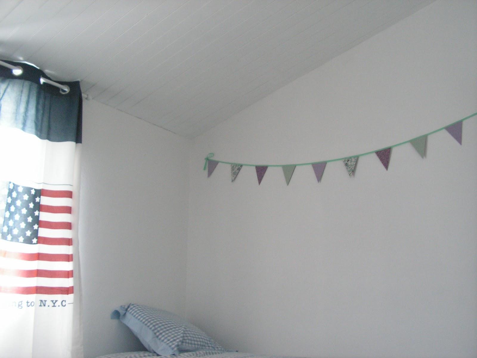 une maison de vacances 2 commencer meubler l. Black Bedroom Furniture Sets. Home Design Ideas