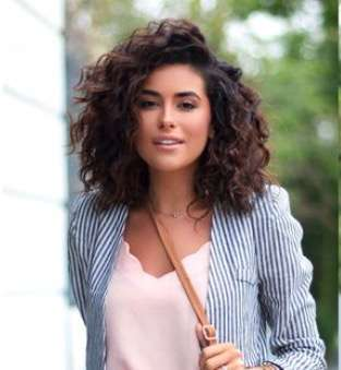 Curly Short Hair Winter Trend Cuts 2018 3