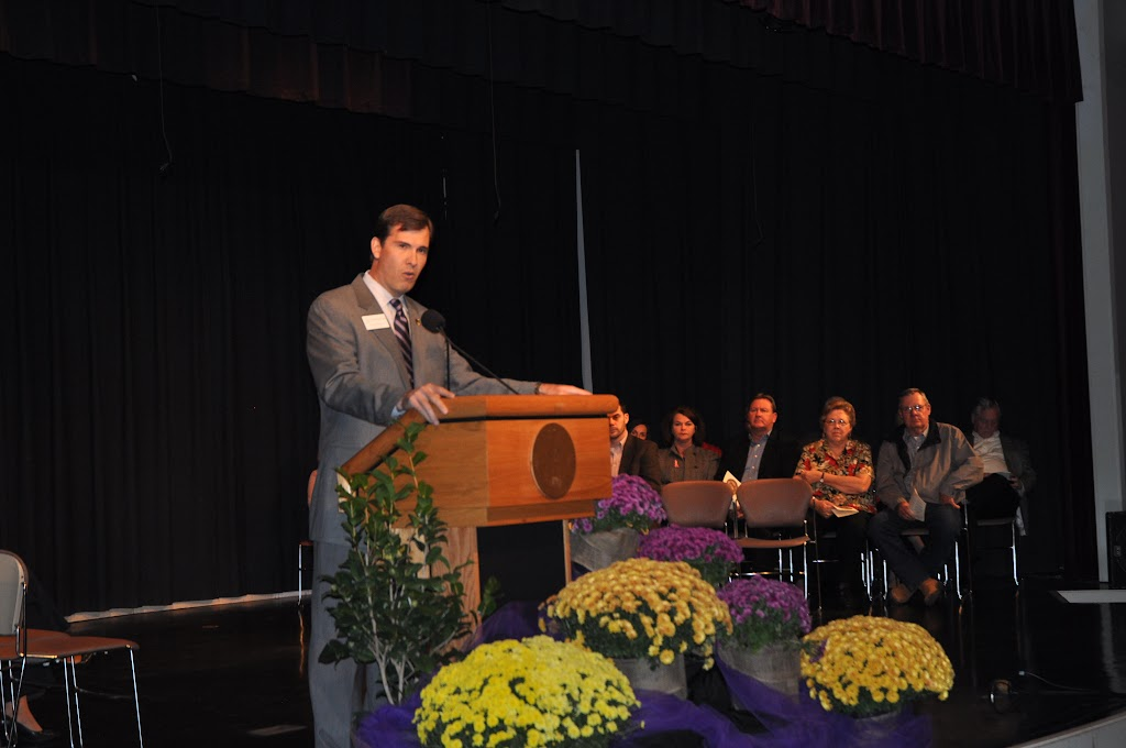 Foundation Scholarship Ceremony Fall 2012 - DSC_0180.JPG
