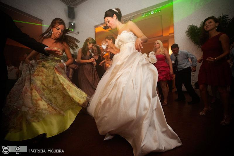 Foto de casamento 2524 de Nathalia e Fernando. Marcações: 04/12/2010, Casamento Nathalia e Fernando, Niteroi.