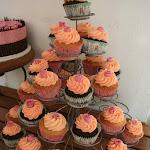 Cupcakes Pink Roses 02.jpg