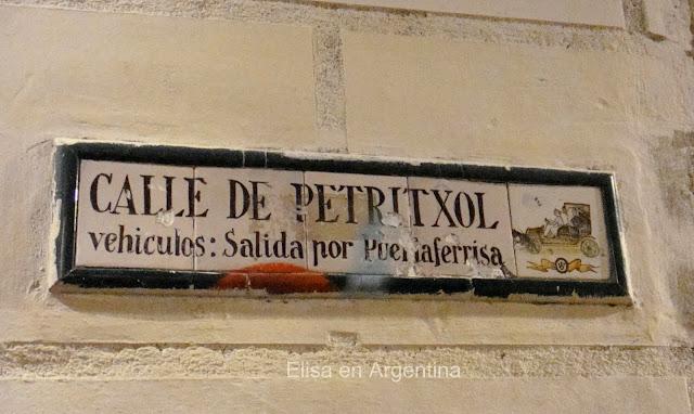 Carrer de Petritxol, Barrio Gótico, Barcelona, Mosaicos, Chocolaterías, Elisa N, Blog de Viajes, Lifestyle, Travel