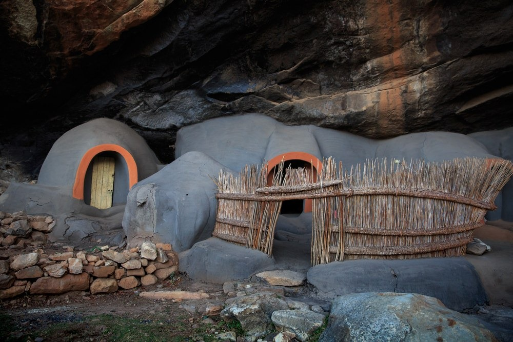 kome-cave-houses-4
