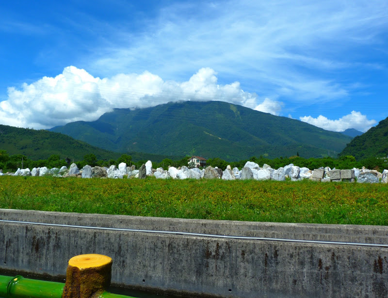 Hualien County. Tongmen village, Mu Gua ci river, proche de Liyu lake J 4 - P1240241.JPG