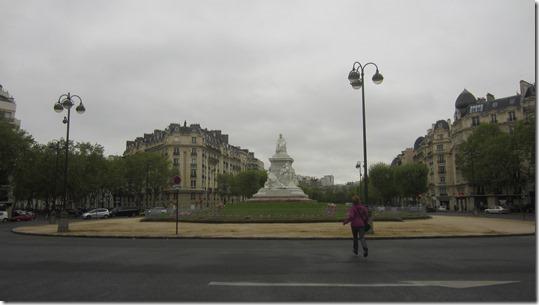 Esplanade Jacques Chaban Delmas - Pasteur Statue (1)