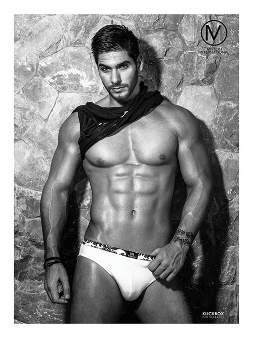 Mister International Paul Iskandar in swimwear