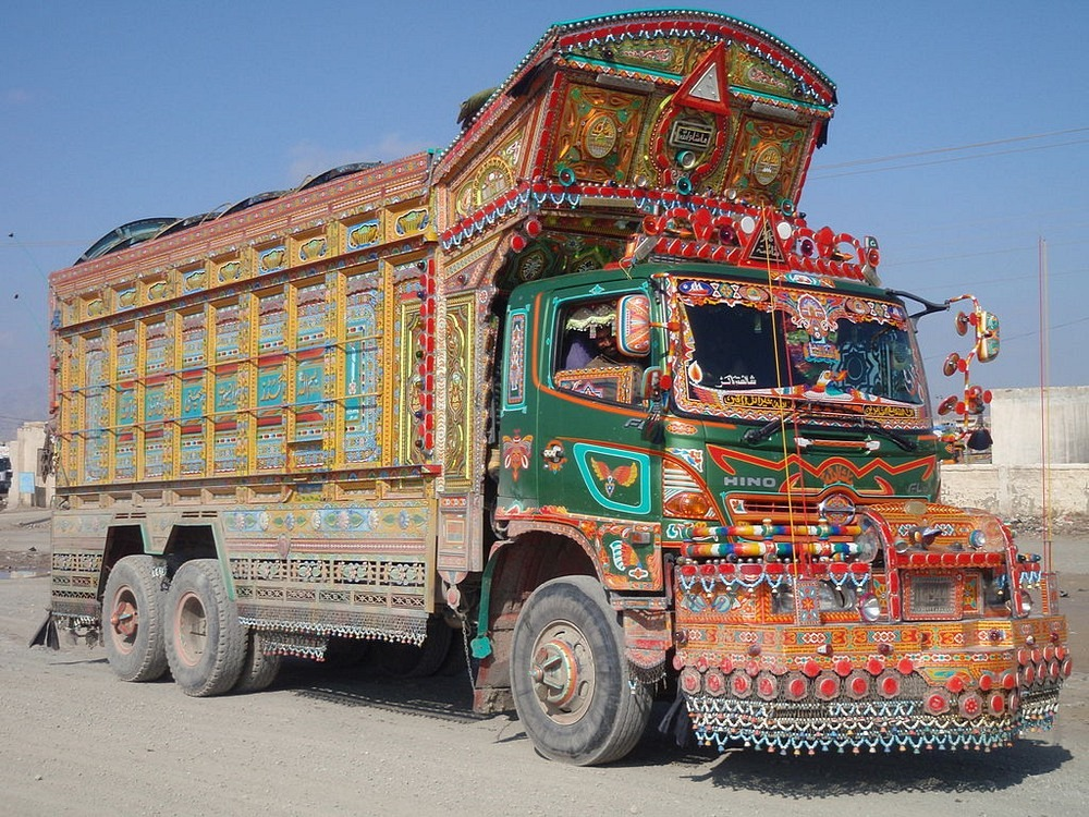 pakistan-jingle-trucks-2