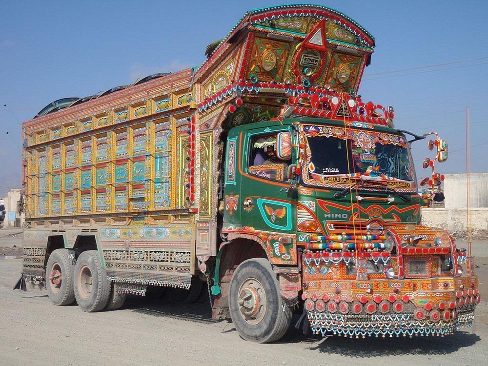 pakistan-jingle-trucks-2
