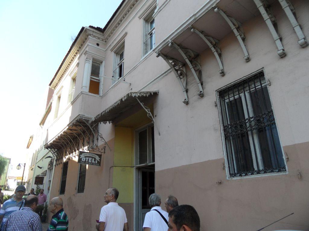 Sadıkbey Oteli (Latife Hanımın Evi)