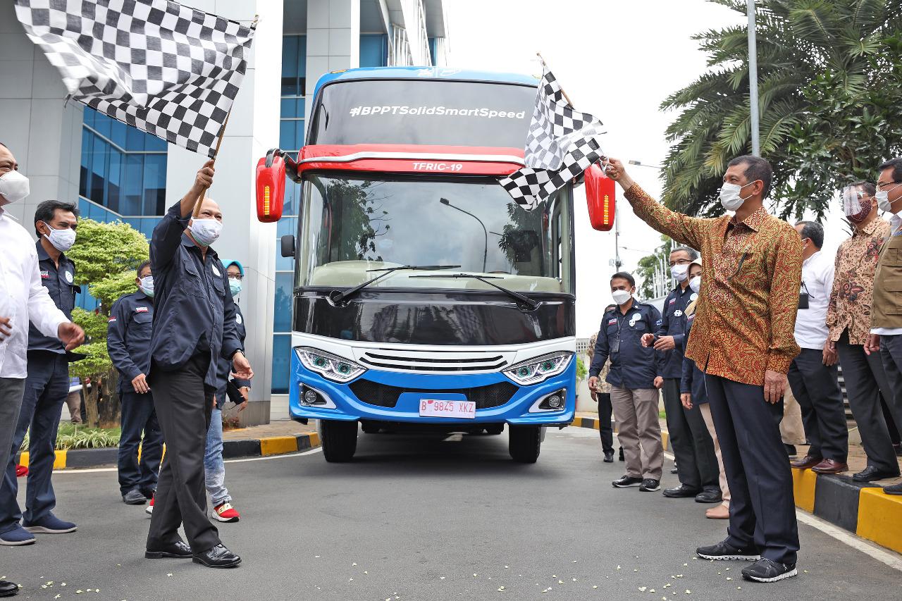 Mobile Lab BSL-2 Varian Bus Resmi Diluncurkan untuk Percepatan 3T di Daerah
