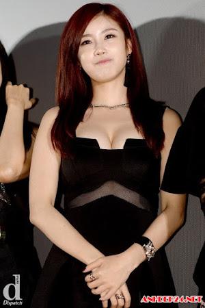 Ngắm vòng một tuyệt đẹp của gái Kpop