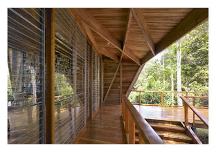 Photo: #Casas Casa Kite Cahuita, Costa Rica Proyecto: Gianni Botsford Architects http://www.facebook.com/media/set/?set=a.10150304378967163.343148.133471887162&type=1
