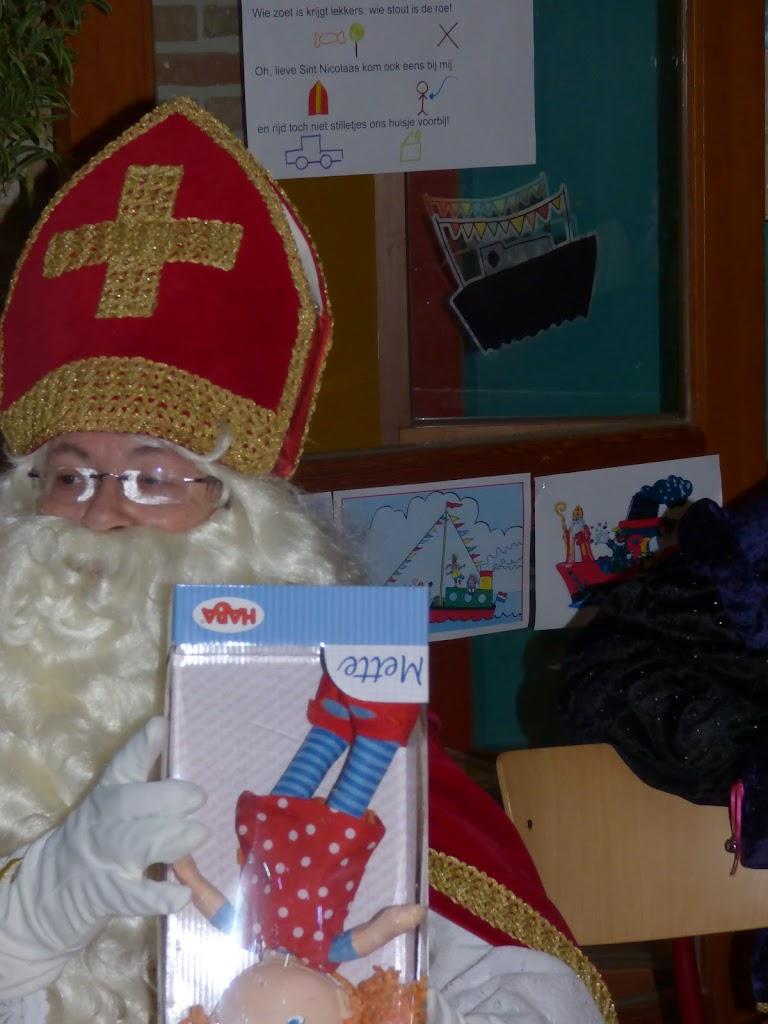 Sinterklaas op bezoek - P1060535.JPG