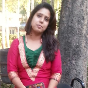 Niharika Chauhan Photo 16