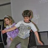 Purim 2011  - 423757_2850017129162_200004255_n.jpg