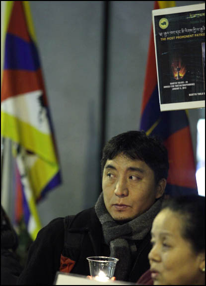 Self-Immolations in Tibet: Candle Vigil in Downtown Seattle - IMG_0065%2B1-28-12%2B72Bb%2BCandle%2BVigil.jpg