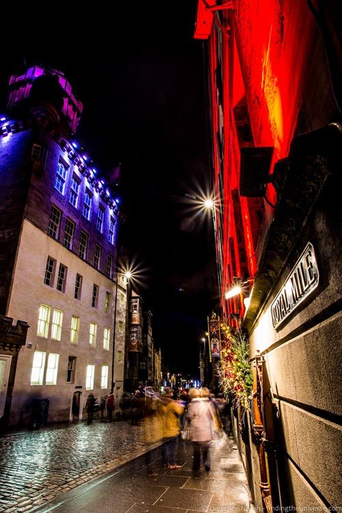 Royal mile at night edinburgh