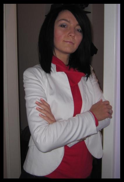 biała marynarka