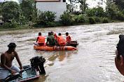 Breaking News: Bocah 5 Tahun Tenggelam di Sungai Sekadau, Saat Ini Warga Bersama Aparat Gabungan Masih Melakukan Pencarian