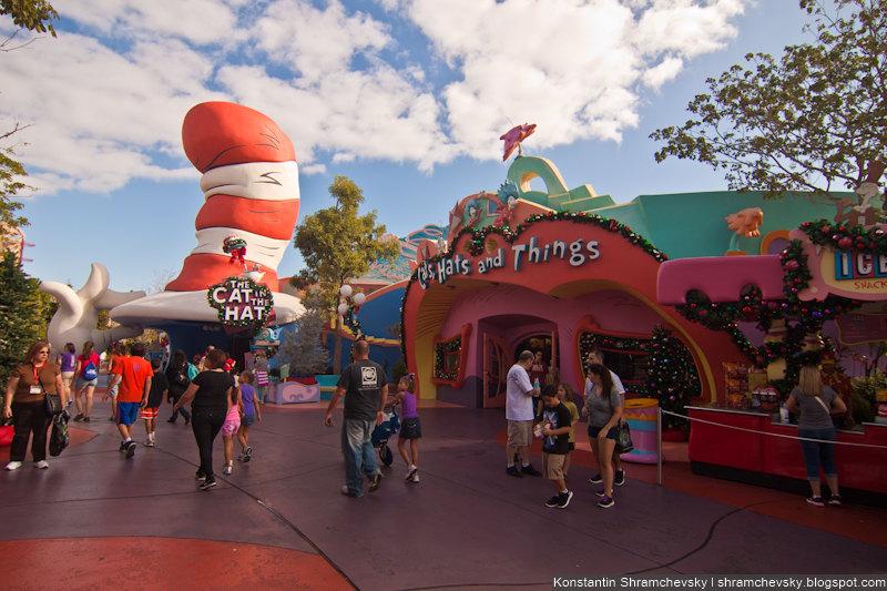 USA Florida Orlando Universal Islands Of Adventure Dr Seuss США Флорида Орландо Юнивёрсал Айлендс оф Адвенча Острова Приключений Мультики Кот в Шляпе