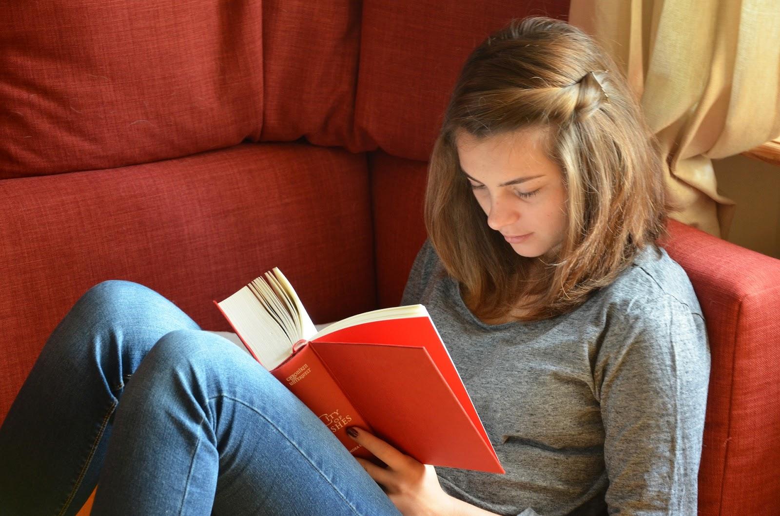 Kitap okumanın faydaları nelerdir